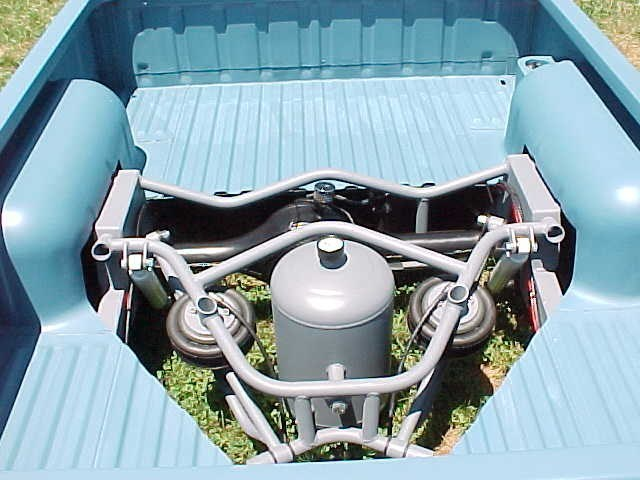 tucNwhLs 1990 Nissan Hard Body photo