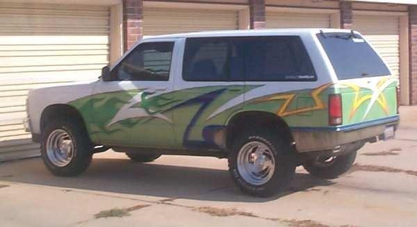 doug-ivkss 1994 Chevy S-10 Blazer photo