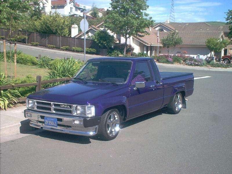 ace89s 1985 Toyota SR5 2WD photo