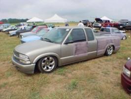SirScrapesALots 1998 Chevy S-10 photo thumbnail