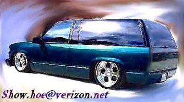 SHOWHOEs 1998 Chevrolet Tahoe photo thumbnail