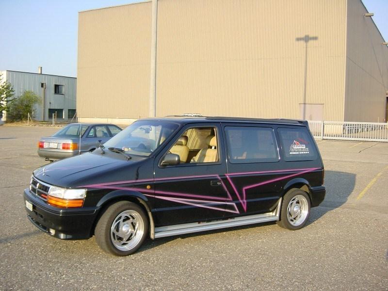 firefoxs 1993 Dodge Caravan photo