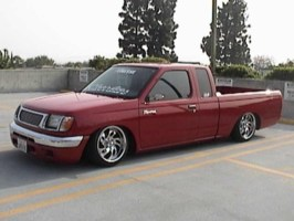 LWRD_FRKs 2000 Nissan Frontier photo thumbnail