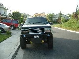 ThBlur7s 1997 Chevrolet Suburban photo thumbnail