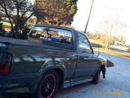 93Toyotas 1993 Toyota 2wd Pickup photo thumbnail