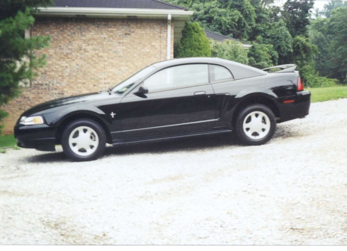 blueydbabydols 2000 Ford Mustang photo