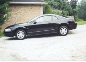 blueydbabydols 2000 Ford Mustang photo thumbnail