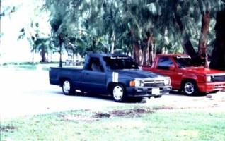 zenryokus 1985 Toyota 2wd Pickup photo thumbnail