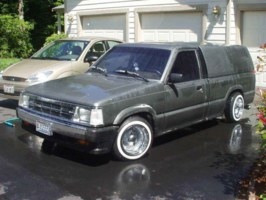 b_boy02000s 1988 Mazda B2200 photo thumbnail