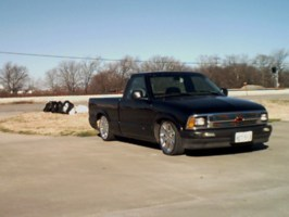 smoothslimers 1994 Chevy S-10 photo thumbnail
