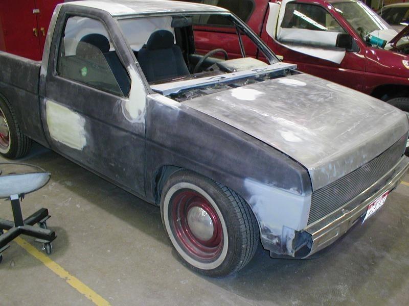 siclilrics 1992 Nissan Hard Body photo