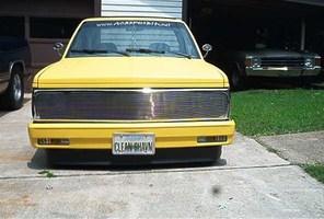 CLNSHVNS10s 1985 Chevy S-10 photo thumbnail