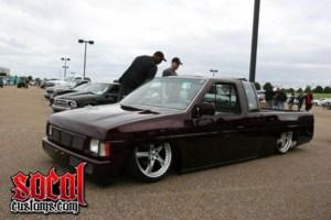 79squarebodys 1996 Nissan King Cab photo thumbnail