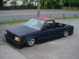 Deuces 1989 Mazda B2200 photo thumbnail