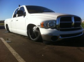 rabounces 2004 Dodge Ram photo thumbnail