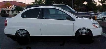 Ifukguyswrasiedtrukss 2000 Toyota Echo photo thumbnail