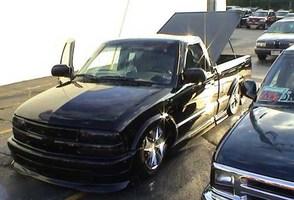 xxhowiexxs 1999 Chevy Xtreme photo thumbnail