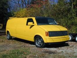 SlimJims 1986 Chevy Astro Van photo thumbnail