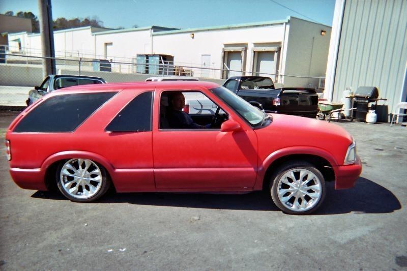 Pminuss 1996 Chevy S-10 Blazer photo