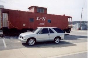 Pminuss 1996 Chevy S-10 Blazer photo thumbnail