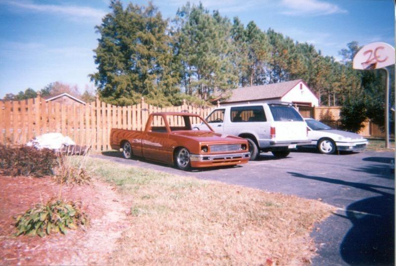 puptouts 1987 Toyota Pickup photo