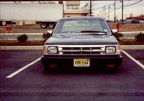 framelayers 1987 Mazda B2200 photo thumbnail