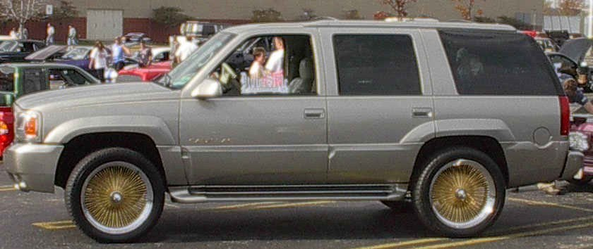 Caddy_Daddys 2000 Cadillac Escalade photo