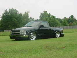 Chickmagnetafs 1999 Chevy S-10 photo thumbnail