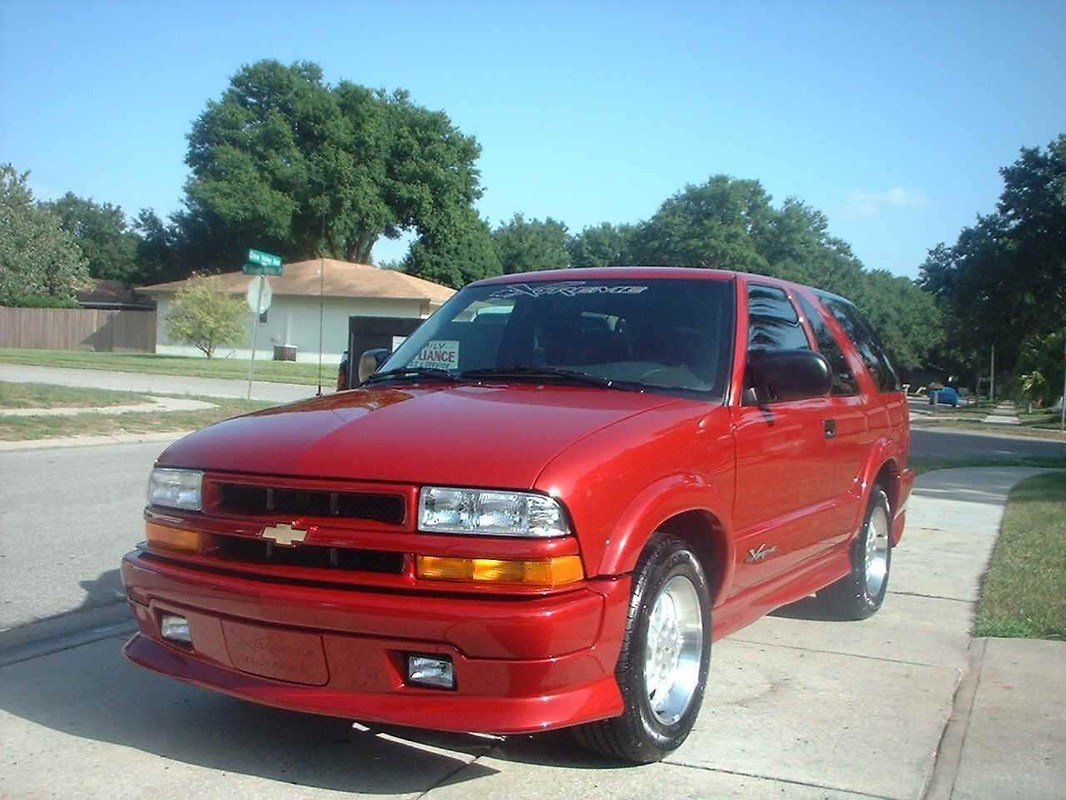 XtremelyBlazins 2001 Chevy Blazer Xtreme photo