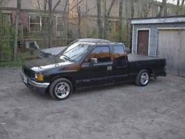 IsuzuSSs 1992 Toyota Pickup photo thumbnail