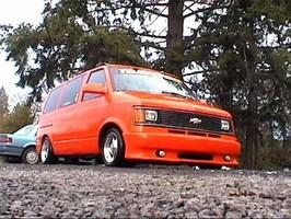twisteds 1990 Chevy Astro Van photo thumbnail