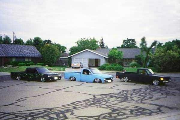 DrgnMzdas 1990 Mazda B2200 photo