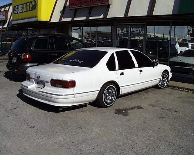 R U Is 1995 Chevy Caprice photo