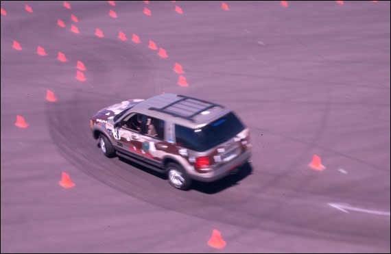 AutoSPs 2002 Ford  Explorer photo