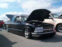AirBagds 1995 Chevy S-10 photo thumbnail