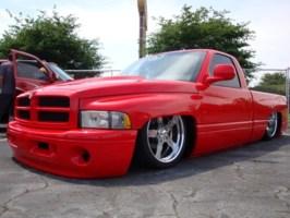 LowRamON20ss 2000 Dodge Ram photo thumbnail