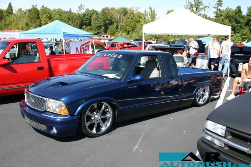 dnut24s 1999 Chevy S-10 photo
