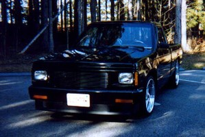 UR2SLOs 1987 Chevy S-10 photo thumbnail