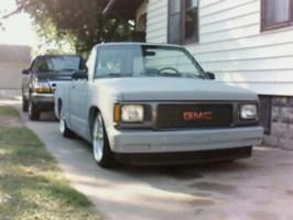 Barelylegalminis 1993 GMC Sonoma photo thumbnail