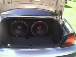 Nikon183s 2001 Chevy Impala photo thumbnail
