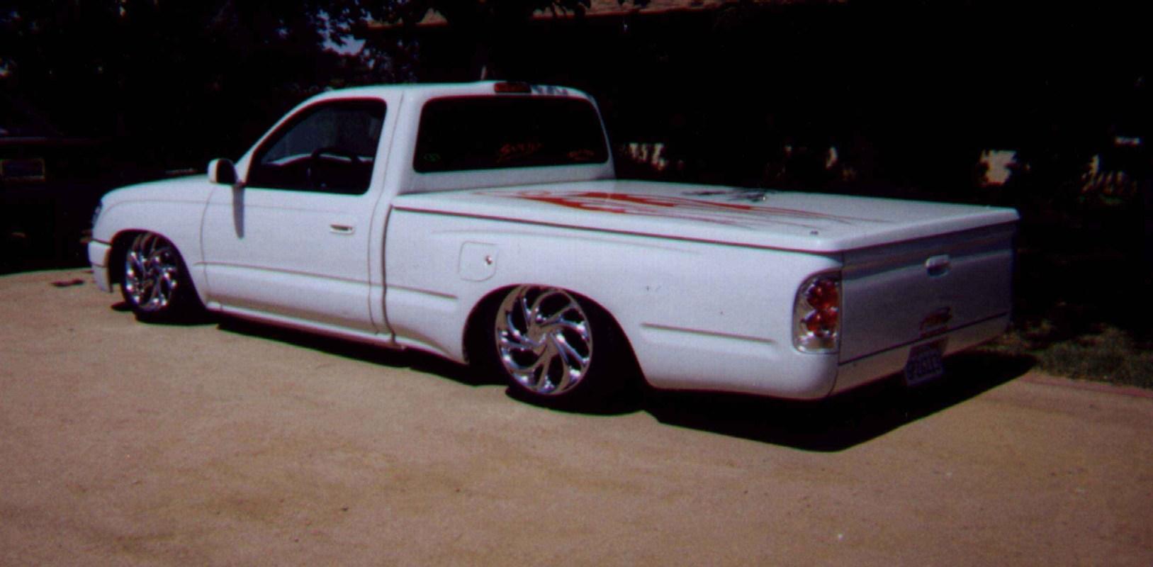 tight  tacos 1997 Toyota Tacoma photo