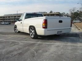 slammed1ams 2000 GMC 1500 Pickup photo thumbnail