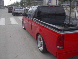 tworeds 2001 Ford  F150 photo thumbnail