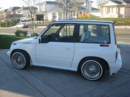 brianyts 1992 Geo Tracker photo thumbnail