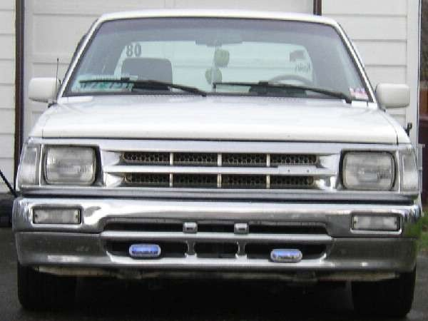 Mazdawg08s 1992 Mazda B2200 photo