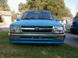 93ToyLOWtas 1993 Toyota 2wd Pickup photo thumbnail
