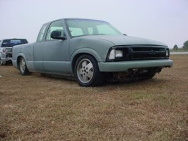 slammed94sdimes 1994 Chevy S-10 photo thumbnail