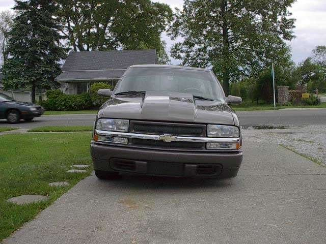 BrownNDowns 1998 Chevy S-10 photo