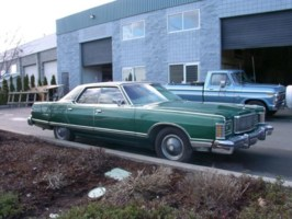 yobylliBs 1978 Mercury Grand Marquis photo thumbnail