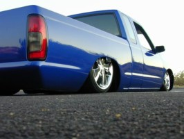 DLYDRGGRs 1998 Nissan Frontier photo thumbnail